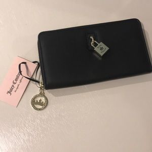 Juicy Couture Black Field Floral Wallet